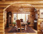 6y-log-home-dining-room1