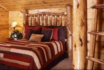 8-rustic-spare-bedroom-we-600x4051
