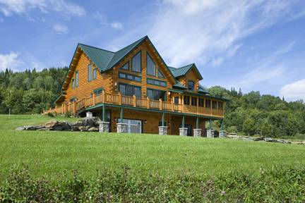 Pictures Homes log home living: the essential guide to log homes