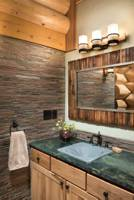 Cloudcroft-Bathroom---SLTH_8542_2019-04-10_17-56