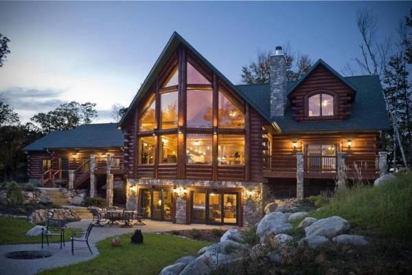 Lakehouse home plan by golden eagle log homes for Lakehouse homes