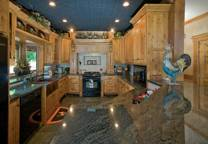 custom-crafted-lakefront-cabin-kitchen1